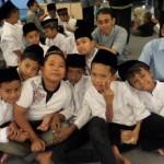 Buka Puasa Yayasan Yatim Mandiri dengan 400 Anak Yatim di Aula BLK Jombang