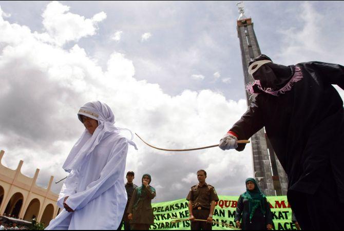 Penegakan Hukum Syariah Islam di Aceh