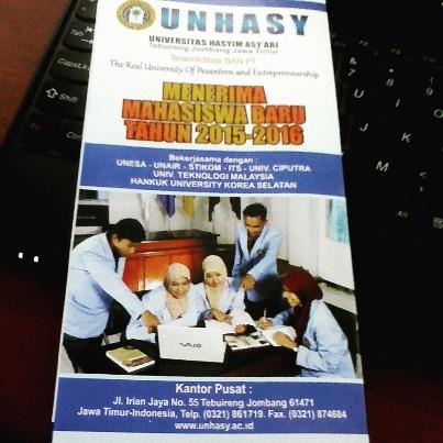 Brosur Terbaru Penerimaan Mahasiswa Baru Universitas Hasyim Asyari Tebuireng Jombang