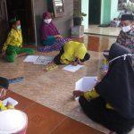 Kunjungan Guru ke Rumah Orang Tua Siswa dalam kegiatan Belajar Dari Rumah di Masa Pandemi di Kabupaten Jombang